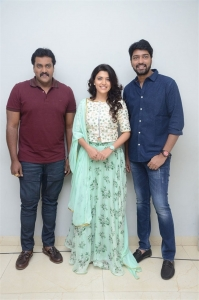 Sunil, Chitra Shukla, Allari Naresh @ Silly Fellows Movie First Look Launch Stills