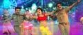 Vishnu Vishal, Oviya, Karunakaran in Silukkuvarupatti Singam Movie Item Song Stills HD
