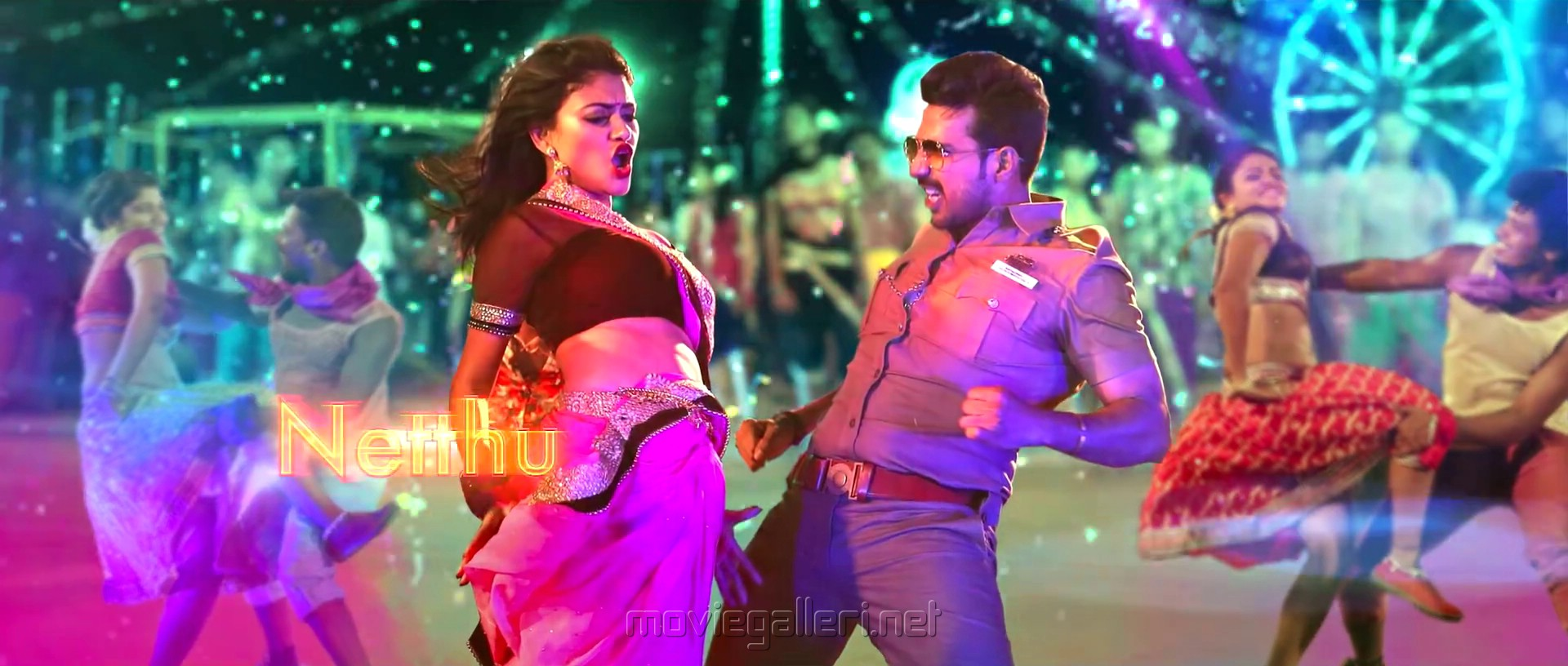 Oviya, Vishnu Vishal in Silukkuvarupatti Singam Movie Item Song Stills HD
