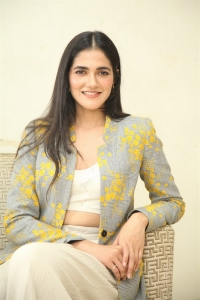 Neetho Movie Actress Simran Choudhary New Stills