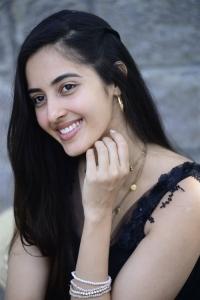 Dirty Hari Movie Actress Simrat Kaur Images