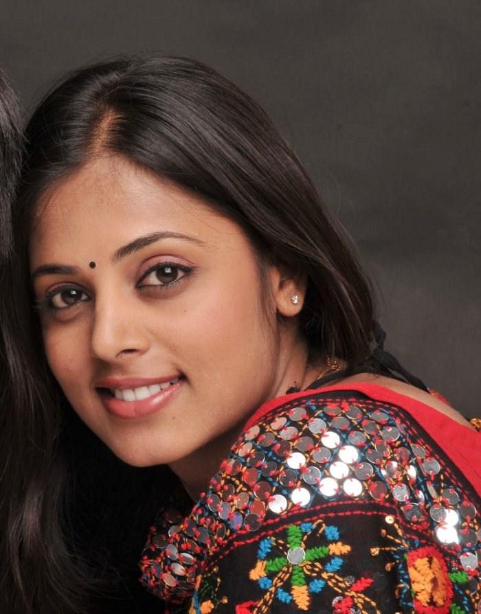 Pin Jyothirmayi Malayalam Film Actress Photo Gallery on Pinterest