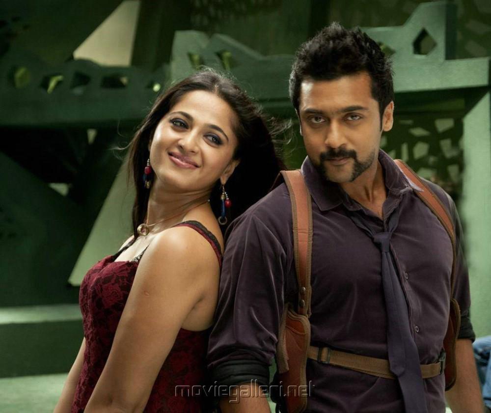 Hot Anushka, Suriya In Singam 2 Movie