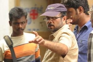 Director Saravanan at Sippai Movie On Location Photos