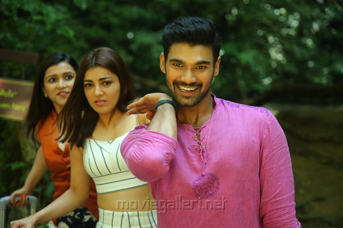 Mannara Chopra, Kajal Agarwal, Bellamkonda Srinivas in Sita Movie Images HD