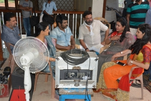 Jayaprakash, Bhanupriya, Raghava Lawrence, P Vasu, Urvashi, Ritika Singh @  Sivalinga Movie Working Stills