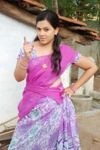 Actress Swetha in Sivappu Manidhargal Tamil Movie Stills