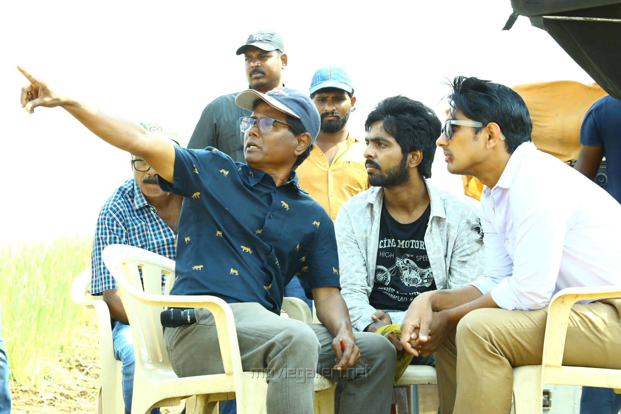 Director Sasi in Sivappu Manjal Pachai Movie Stills HD