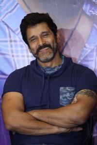 Vikram @ Sketch Movie Team Meet Photos