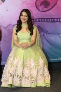 Actress Tamanna @ Sketch Movie Team Meet Photos
