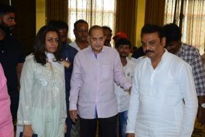 Namrata Shirodkar, Krishna, Naresh @ Smt Vijaya Nirmala 10th Day Prayer Meet Photos