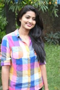 Tamil Actress Sneha (Suhasini Rajaram Naidu) Cute Pictures
