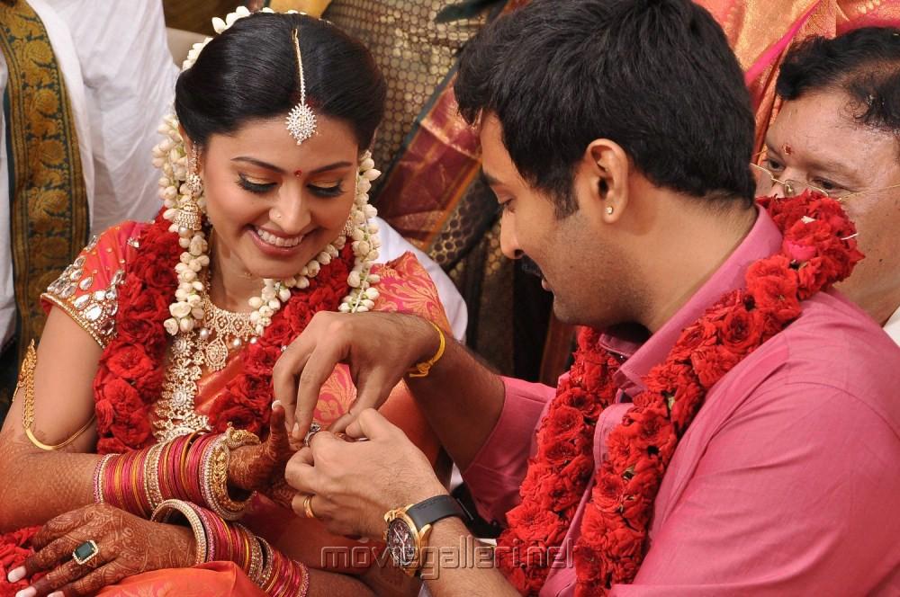 Picture 225723 Sneha Prasanna Engagement Pics New