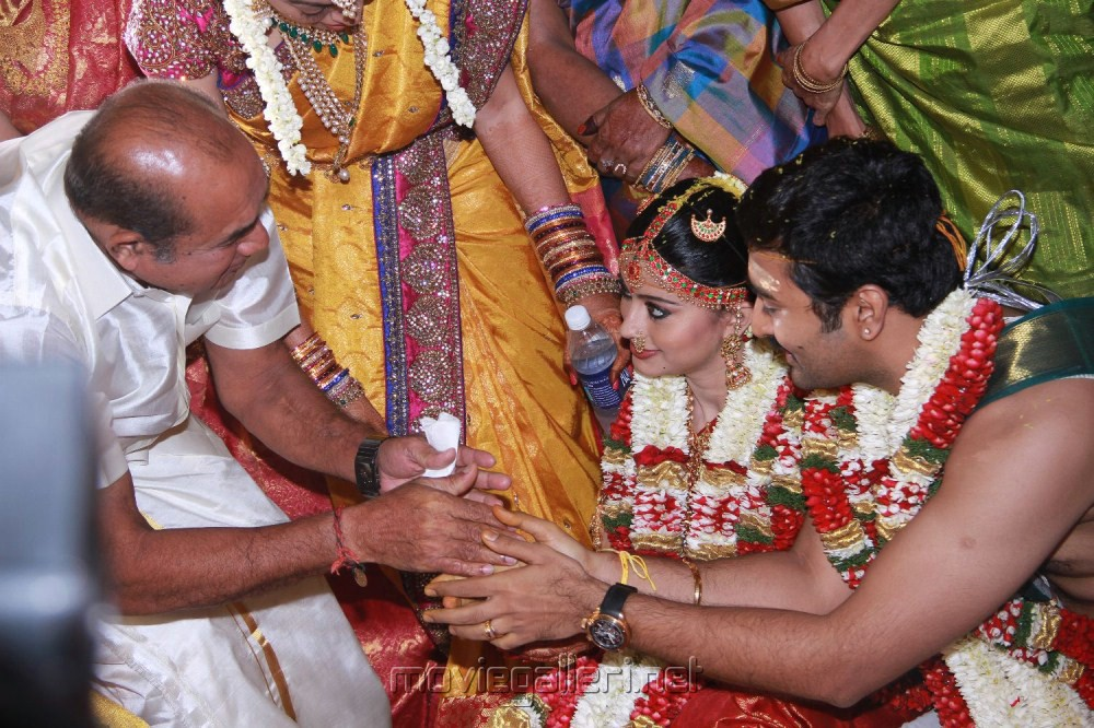 The Gallery For Gt Preetha Vijayakumar Wedding Photos