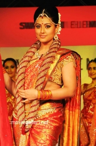 Sneha Ramp Walk @ Swarovski Fashion Show