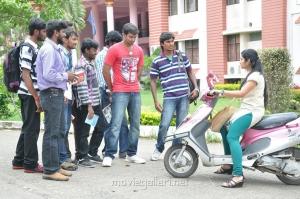 Snehavin Kadhalargal Tamil Movie Stills