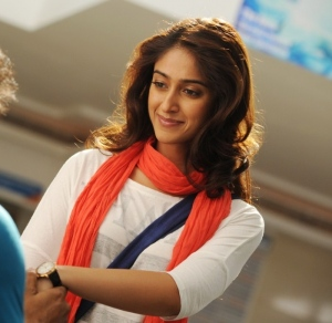 Actress Ileana Hot Stills in Snehitudu