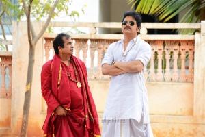 Brahmanandam, Nagarjuna in Soggade Chinni Nayana Telugu Movie Stills