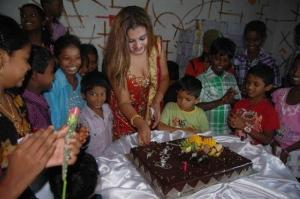 2011 Sona Birthday Celebration Stills Photos