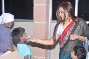 Tamil Actress Sona 2012 Birthday Celebration Stills