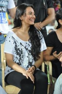 Sonakshi Sinha Latest Photos Stills Images Pics