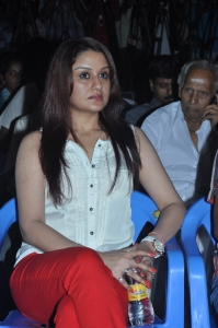 Tamil Actress Sonia Agarwal Hot New Pictures