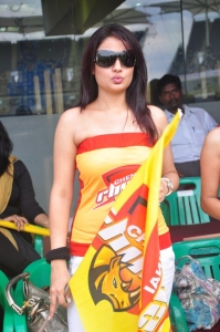 Sonia Agarwal @ CCL 2011 Match Stills Photos Gallery Images