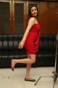 Amma Nanna Oorelithe Sonia Agarwal Hot Photo Shoot Stills