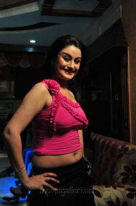 Sonia Agarwal Spicy Pics in Sleeveless Pink Top & Blakc Skirt