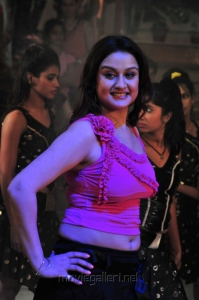 Tamil Actress Sonia Agarwal Spicy Pics in Pink Dress