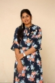 anchor-sonia-chowdary-new-photos-ninnu-thalachi-trailer-launch-2f338e4