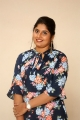 anchor-sonia-chowdary-new-photos-ninnu-thalachi-trailer-launch-348ce45