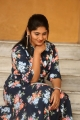 anchor-sonia-chowdary-new-photos-ninnu-thalachi-trailer-launch-3595245