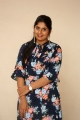 anchor-sonia-chowdary-new-photos-ninnu-thalachi-trailer-launch-4393e05