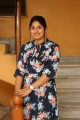 anchor-sonia-chowdary-new-photos-ninnu-thalachi-trailer-launch-4aae251