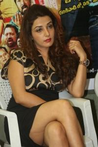 Actress Sonia Mann Stills @ Dhee Ante Dhee Release Press Meet