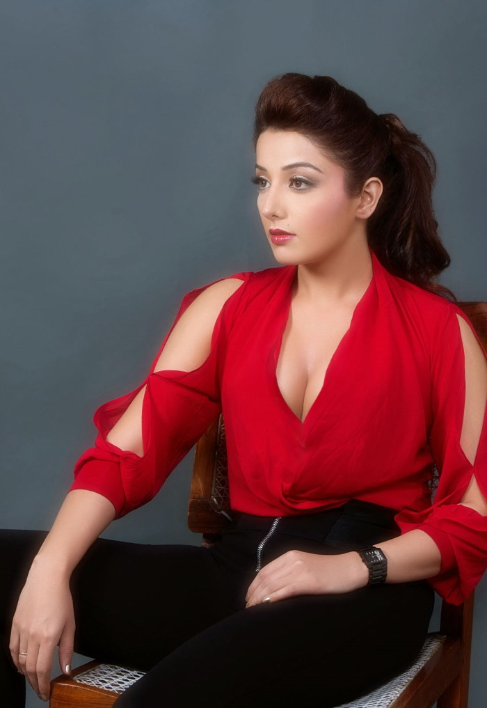 Actress Sonia Mann Hot Portfolio Images | New Movie Posters
