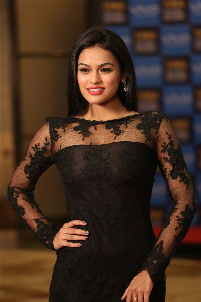 Telugu Model Soniya Hot Stills @ SIIMA Short Film Awards 2017