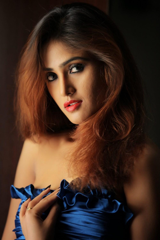 Telugu Actress Sony Charishta Hot Portfolio Images