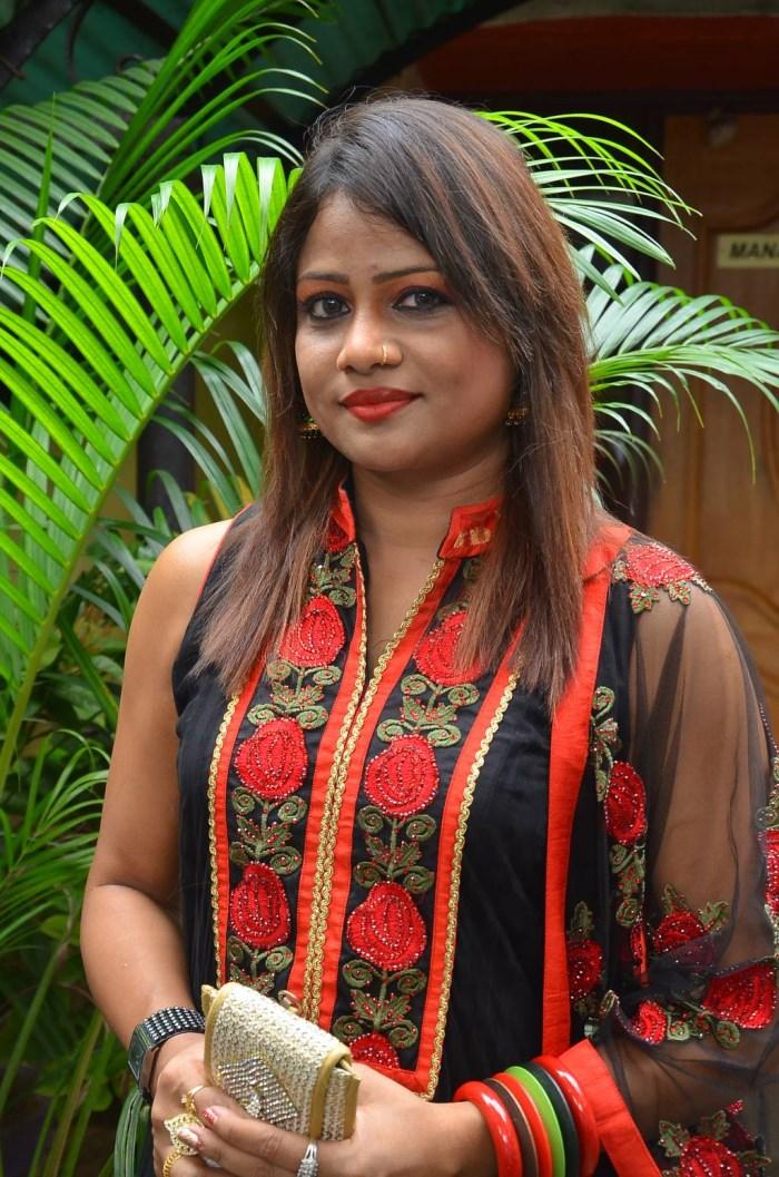 Actress Samanthi @ Thennindian & Soorathengai Audio Launch Photos