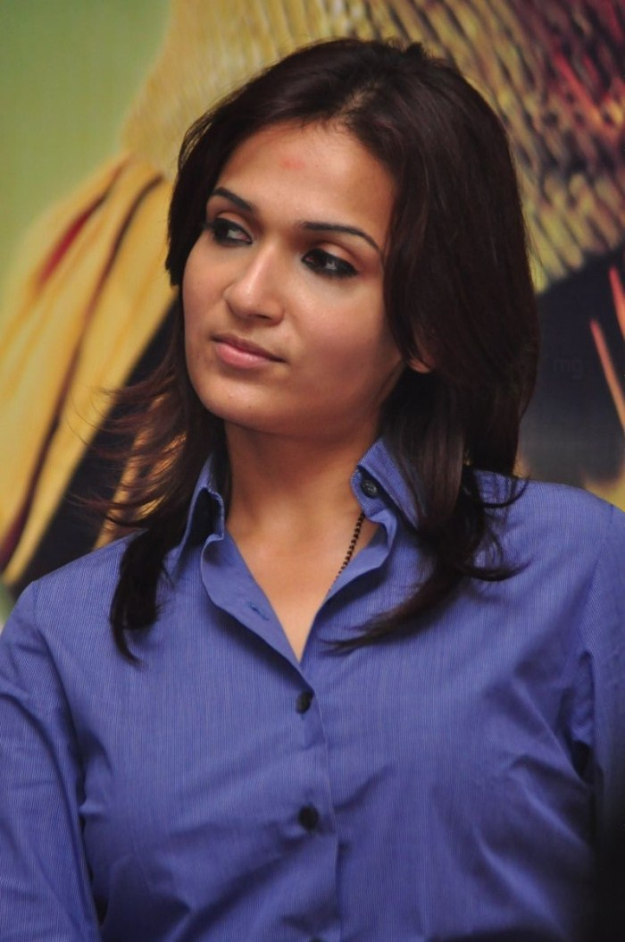 """Home » Search results for """"Kamakathaikal Stills"""""""