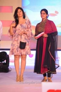 Poonam Bajwa at SouthSpin Fashion Awards 2012 Function Photos
