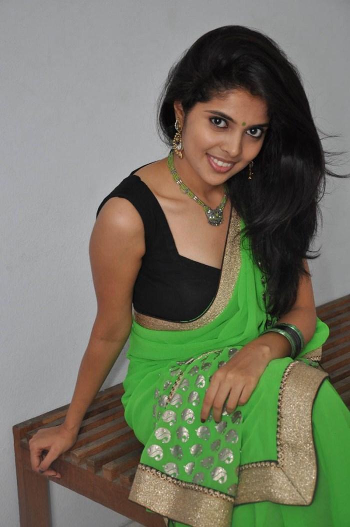 Telugu Actress Sravya Hot Stills in Green Saree