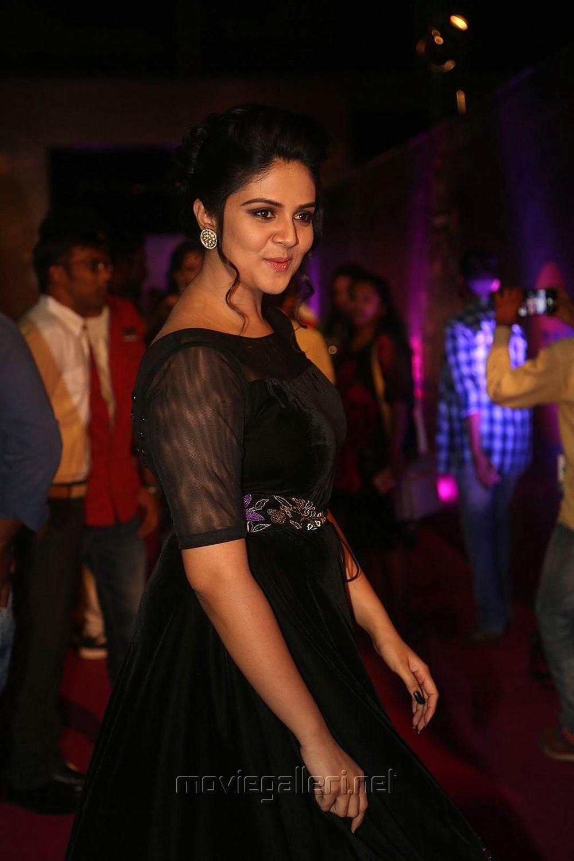 Actress Sreemukhi New Stills @ Zee Telugu Apsara Awards 2018 Red Carpet