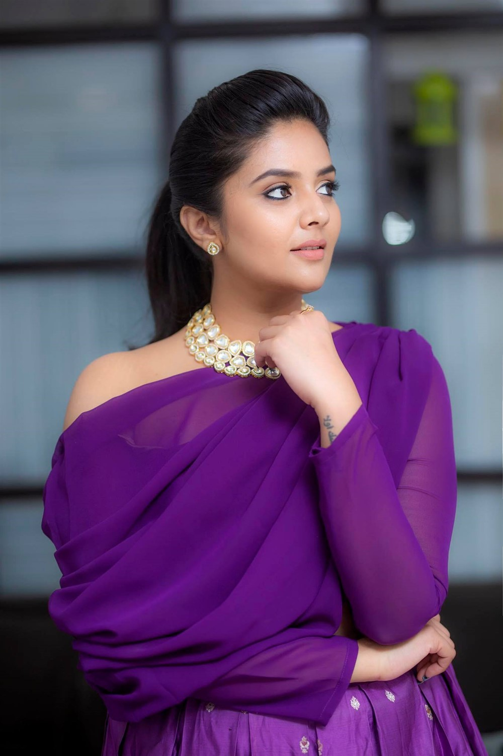 anchor-sreemukhi-recent-photoshoot-pics-3d1fadc