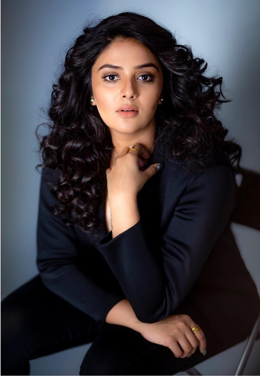 anchor-sreemukhi-recent-photoshoot-pics-6f70580