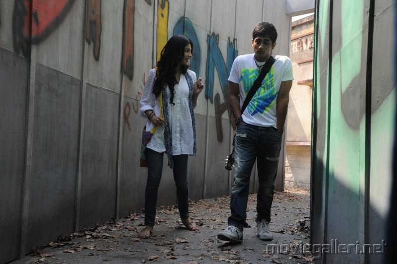 Siddharth Shruti Hassan in Sridhar Movie Stills