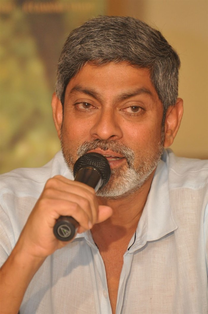 Jagapathi Babu @ Srimanthudu Movie Success Meet Stills