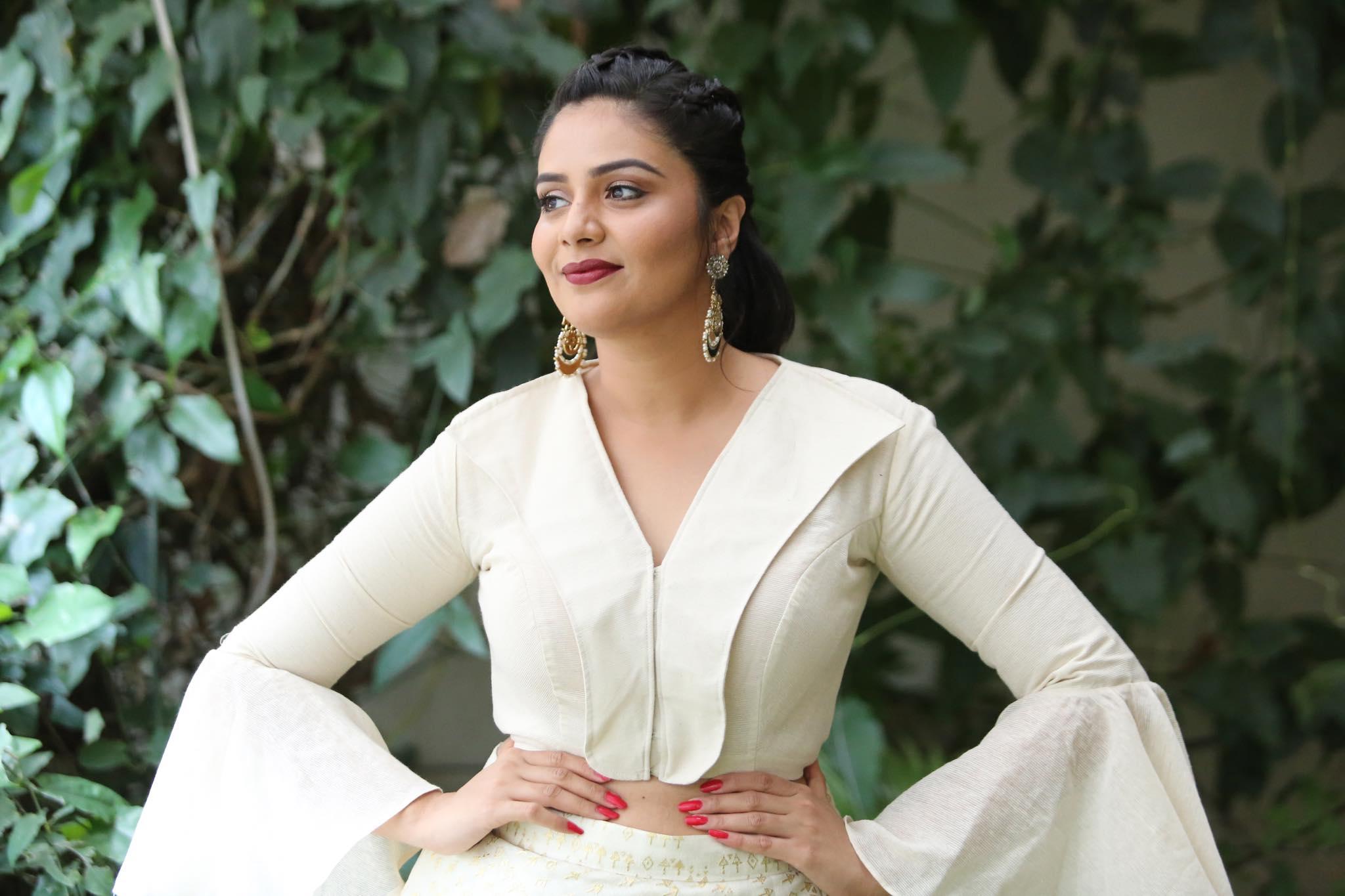 Actress Srimukhi Latest Photoshoot HD Pics