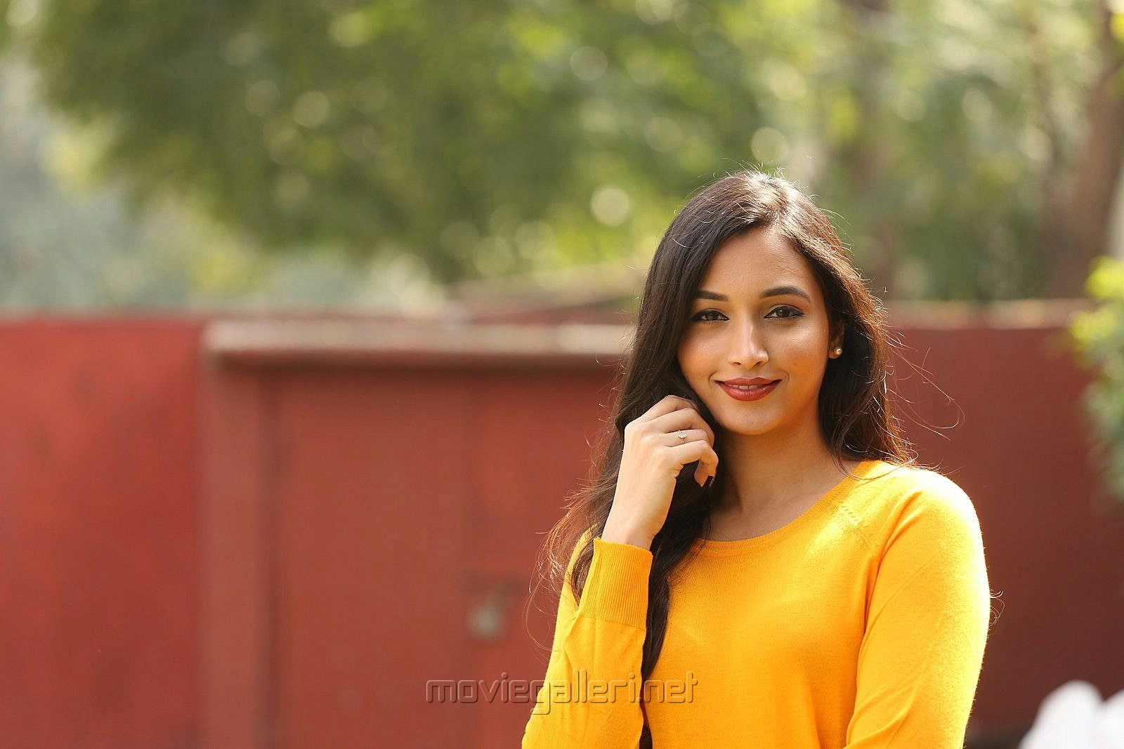 Actress Srinidhi Shetty Pictures @ KGF Success Meet